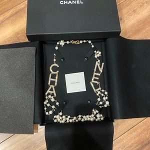 Chanel necklacd